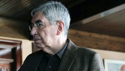 Oscar-Arias_opt-700x352