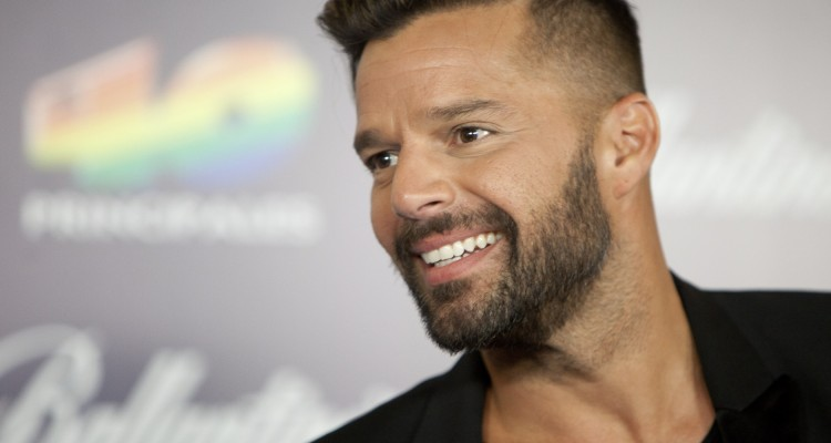 Ricky Martin poses during the photocall of winners in '40 Principales Awards 2013' in Madrid, Spain, Thursday December 12, 2013. (AP Photo/Abraham Caro Marin)